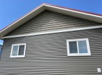 cabin-with-vinyl-siding-and-shakes